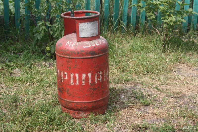 ВКрасноярске неизвестные пытались вскрыть банкомат при помощи газового баллона