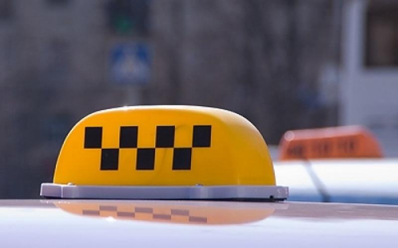 Накрасноярских таксистов за 5 дней наложили штрафов на120 тыс.