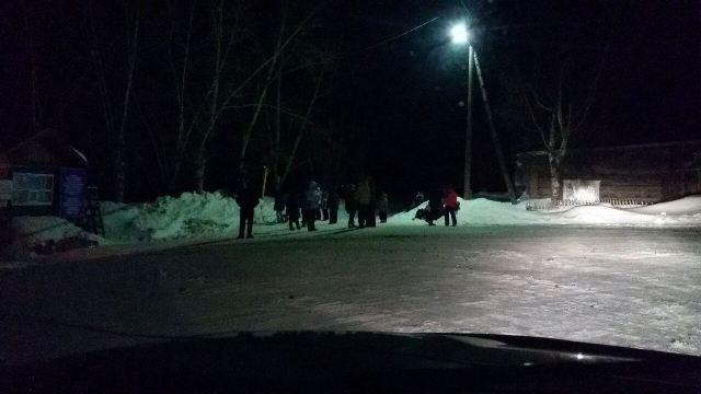 Школьники изСеверо-Енисейска едва непогибли подороге вКрасноярск