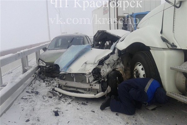 ВГИБДД уточнили данные покрупному ДТП под Красноярском