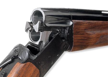 ВКрасноярске полицейский похитил сработы охотничье ружье