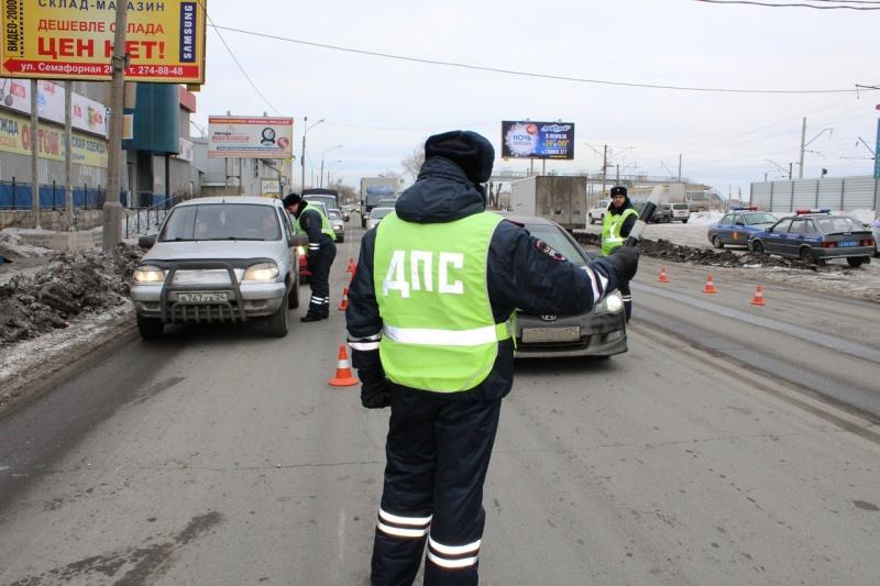 ВКрасноярске завтра ограничат движение транспорта нанескольких дорогах