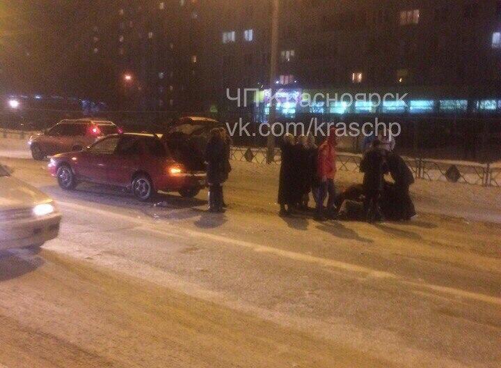 ВОктябрьском районе иностранная машина наскорости сбила пенсионера