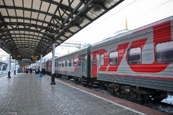 Впраздники ветераны вПетербурге смогут пользоваться социальным транспортом бесплатно