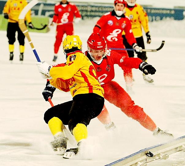 «Енисей» прервал 15-матчевую победную серию «СКА-Нефтяника»