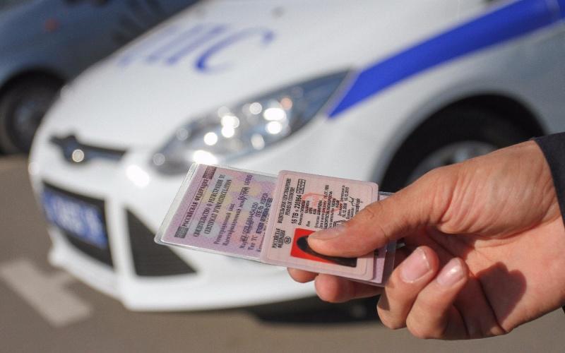 С1июня водителям синостранными правами запретили работать вРоссии