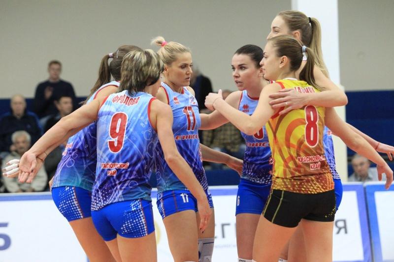 Красноярские волейболистки впервые вышли напервое место чемпионата Российской Федерации