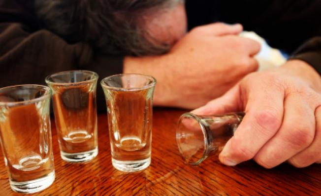 Дети ишкольники Красноярского края втечении прошлого года травились спиртом 127 раз