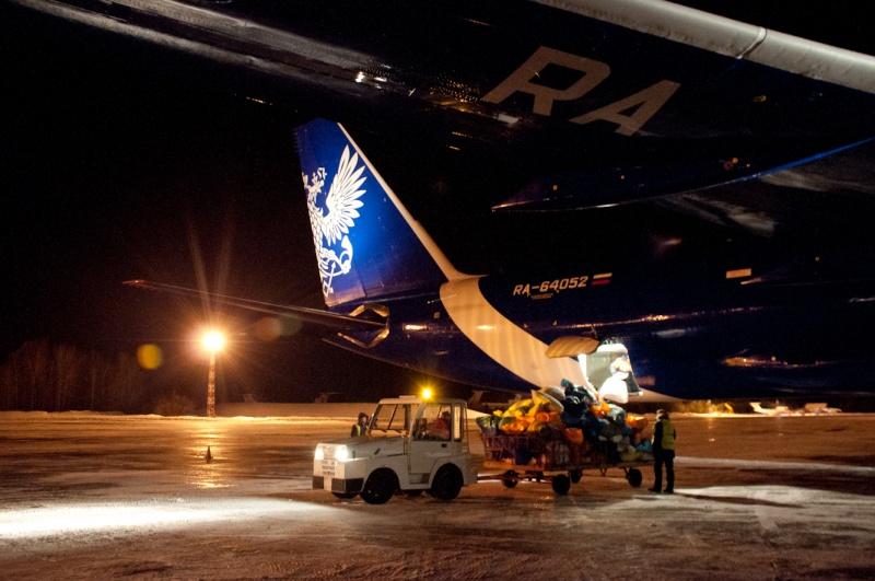 1-ый грузовой рейс авиакомпании «Почта России» обслужили вкрасноярском аэропорту «Емельяново»