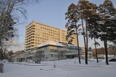 Больной сножевым ранением упал с12 этажа клиники вКрасноярском крае