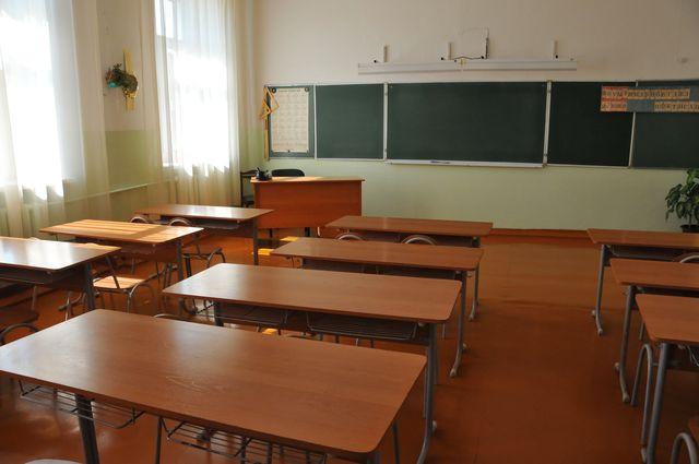 ВКрасноярском крае пятиклассник рассек лицо учительницы стулом