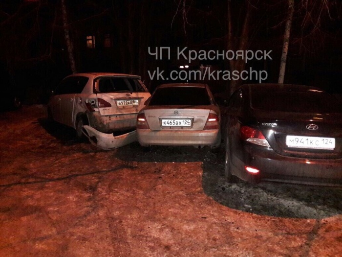 ВКрасноярске шофёр «Лексуса» протаранил 5 машин и исчез