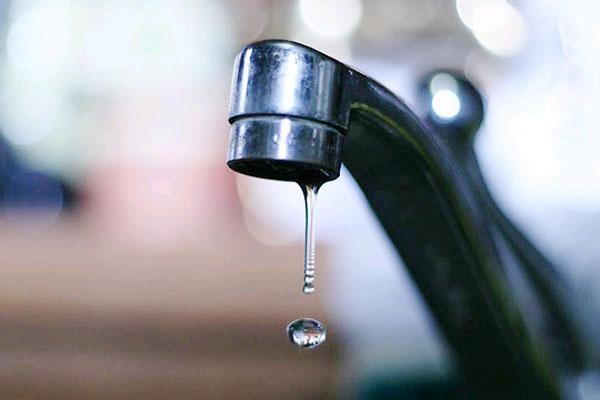 «Аэропорт Емельяново» оштрафовали замутную питьевую воду