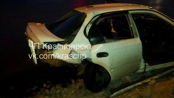 Фото с места массового ДТП в Красноярске: в аварию попали 9 машин