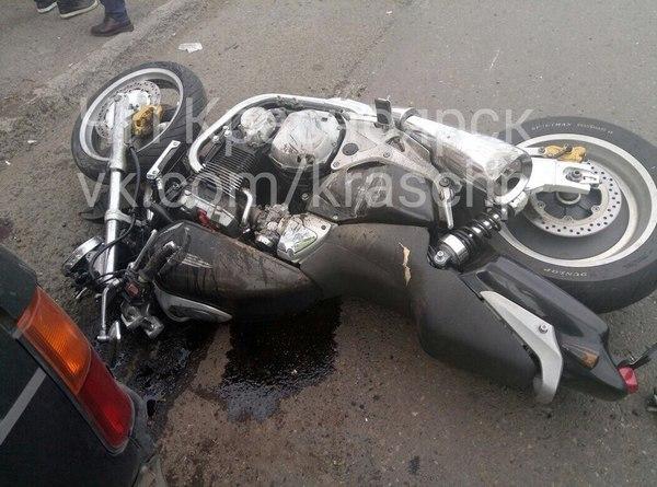 ВКрасноярске мотоциклист пострадал вДТП