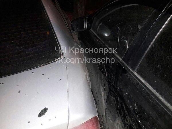 ВКрасноярске шофёр Лексус разбил 5 авто и исчез