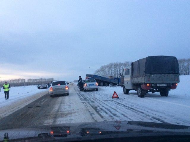 Назарово умер человек: ВДТП натрассе Шарыпово